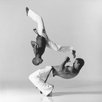 1546_BW_Brazil_Dance