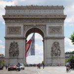 Július 14., Párizs, hírek helyett