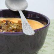 Paprikás burgonyafőzelék karamellizált hagymával