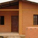 Építs műanyag flakonból házat