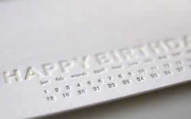 Minimalista születésnapi képeslap