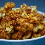 Karácsonyi csemege: sós-karamellás popcorn