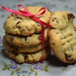 Édes január: csokis-áfonyás-pisztáciás keksz