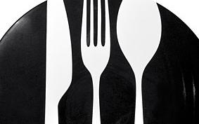 Mustra: 6 tányér grill kolbász és sült krumpli alá