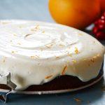 Diós-narancsos torta tejfölös-tejszínes krémmel
