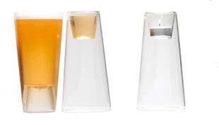 Sörös- és stampós pohár mellesleg pedig gyertyatartó
