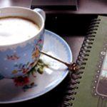 Serendipity: Anikó kincsei a kávéscsészétől a virágokig