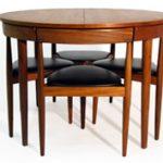 Forma és funkció: Hans Olsen étkezőasztala