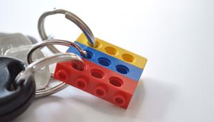 LEGO kulcstartó: egyszerű és leleményes