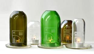 Újrahasznosított palackokból karácsonyi design-tárgyak