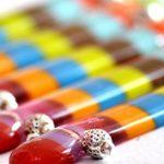 Karácsony: moksha-medál ajándék táskával