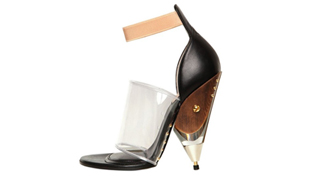 120 mm: Te lennél Givenchy-apáca?