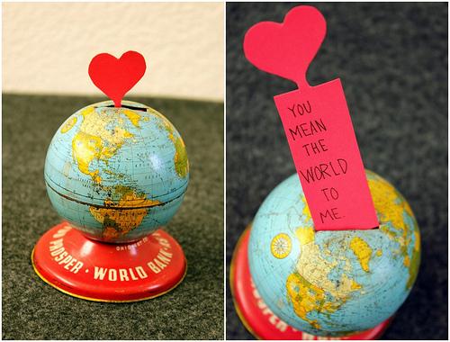 tin-globe-bank03