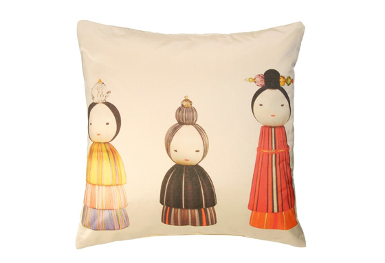 kokeshi_printed_silk_cushion._lr_