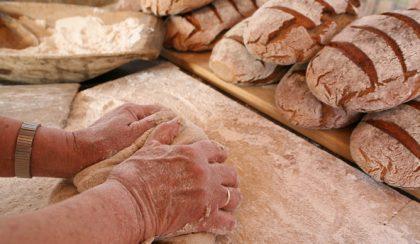 A lesachtali kenyérsütés művészete recepttel
