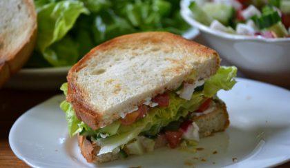 Reggeli vitaminbomba: salátás szendvics