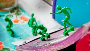 Toy-Boarders00