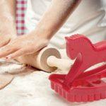 Játék a konyhában: hintaló sütemény kiszúró