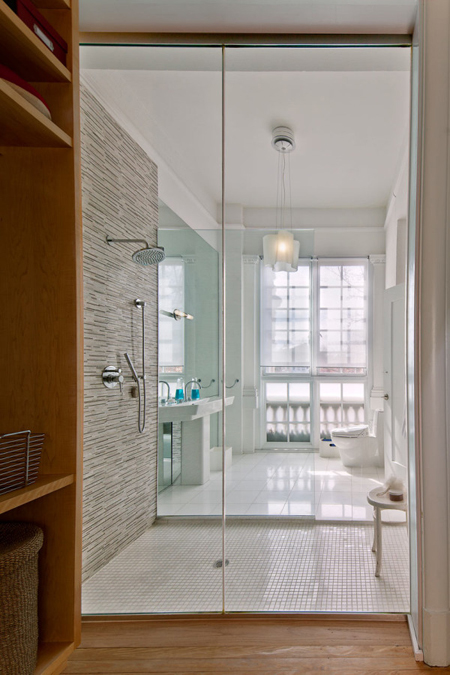 APARTMENT-ONE-Sorg-Architects-10-bathroom
