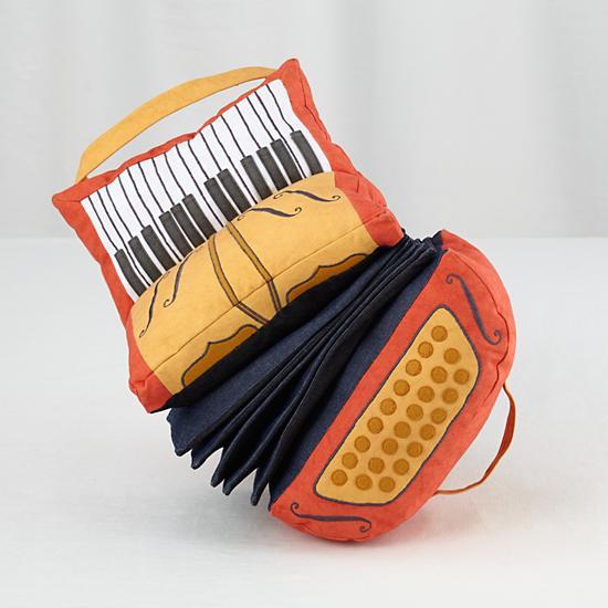 plush-jamboree-accordian