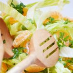 Mandarinos-újhagymás saláta ropogós zellerszárral