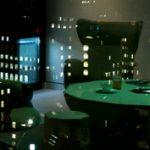 Üzleti játszótér: pókerasztal a tárgyalóteremben