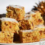 Mézes kevert süti fűszerekkel, mindenféle földi jóval