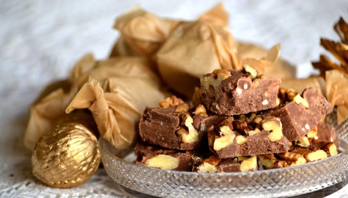 Pörkölt diós-rumos csokikocka/Fotó: Myreille