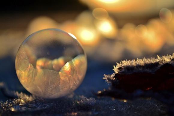 Frozen-Bubbles-Angela-Kelly06
