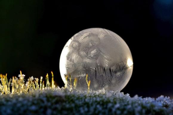 Frozen-Bubbles-Angela-Kelly08