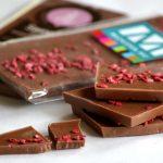 Moksha-csoki: duplán málnás tejcsokoládé