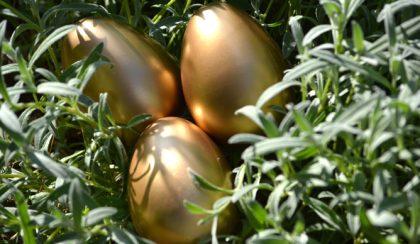 Húsvét: csillogó arany tojás két perc alatt