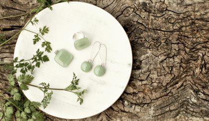 Zöldellő: panyizsuzsi ékszerek hatféle zöldben