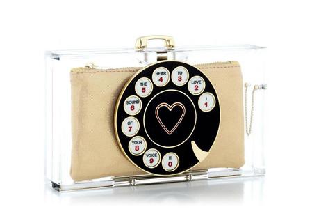 Telefonos táska/Design: Charlotte Olympia