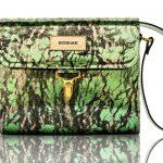 A fénytörés színes ragyogása női táskákon