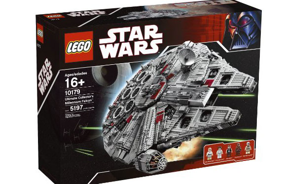 lego_starwars_milleniumfalcon01