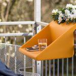 Történetek a balkonról: asztal és virágtartó egyben