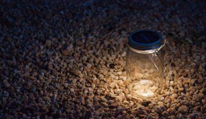 Éjszakára elrakott fény – befőttes üveg lámpa