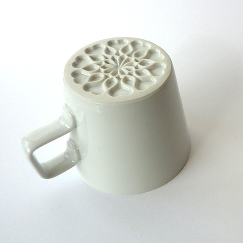 loves me, loves me not kávésbögre/Design: Whitefruits