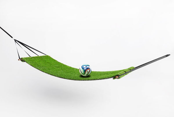 Ha zöld gyep, akkor muszáj megemlékezni a foci VB-ről is...