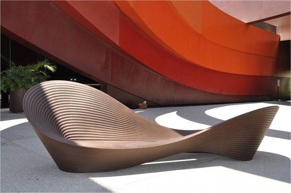 Folly kerti pad/Design: Ron Arad, Magis