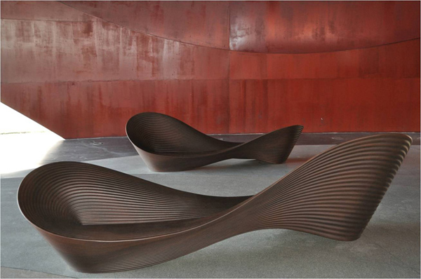 Folly kerti pad/Design: Ron Arad, Magis