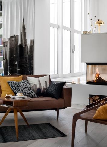 A semleges térben egy két élénk folt, például a mustár, karakteresen, ám elegánsan határozza meg a enteriőr hangulatát../Design és fotó: H&M Home