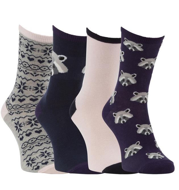 Medveológia következő fejezete: mosómedvék/F&F - Bevallom, zoknit kerestem és amikor ezt a csomagot megláttam, azonnal megvettem és elkezdődött nálam az idei téli mosómedve szerelem