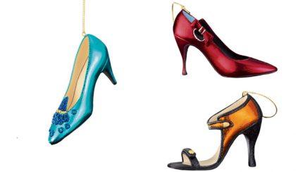 Exkluzív cipőgyűjtemény a karácsonyfán