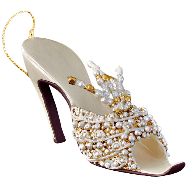 metmuseum_shoesornaments06