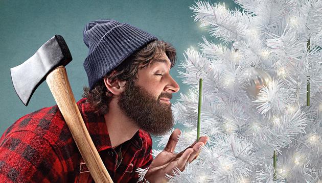 Hopp, a Scentsicles hivatalos kampányfotóján már egy favágószexuális (lumbersexual) férfi szerepel. (Karácsonykor tényleg tudnak úgy kinézni a férfiak, mintha éppen (fenyő)favágásból jönnének vagy éppen oda tartanának, éppen ezért fejsze is van náluk, sőt, talán flanelingbe is bújtak és a borostájuk is legalább 3 napos. Nem szakáll, de majdnem...)