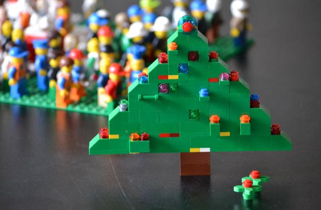LEGO karácsonyfa/Design: Zsombi és Myreille