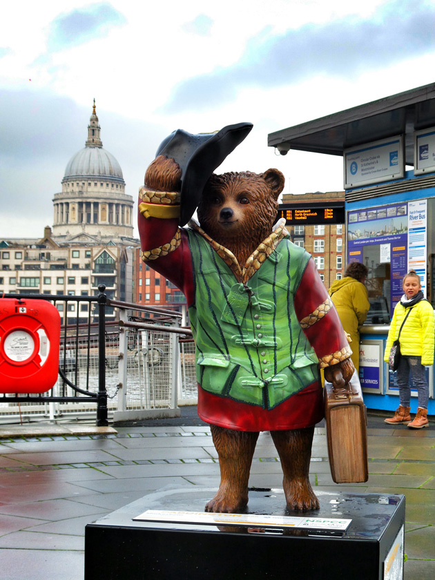 Shakesbear no37/ Bankside Pier (Michael Sheen)