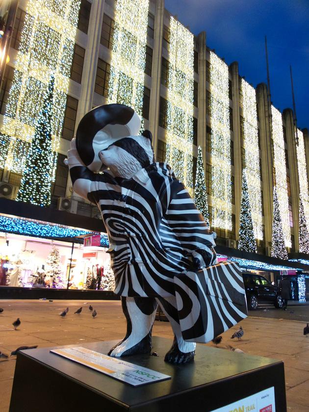 Bear Hamburg no16 / Outside John Lewis, Oxford Street (Ant & Dec)